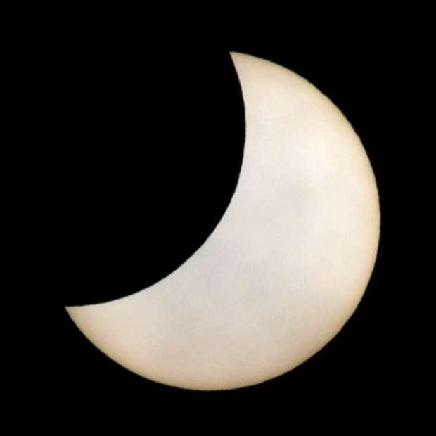 how to make a solar filter for eclipse